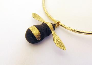 Bumble Bee Pendant Solid Gold and ebony : $393