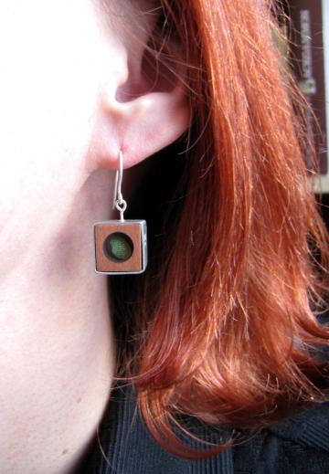 Earrings Silver, Pink Ivory wood and Emerald Nerite : $80