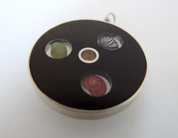 Triptych Pendant Ebony, Silver with Zebra shell, Pink Umbonium and Emerald Nerite : $127