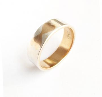 Wedding Band Ring Hearts of Gold with Silver